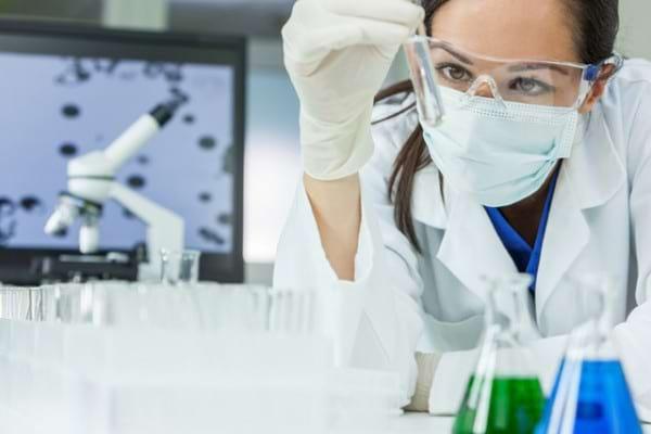 Testul pentru hepatita C poate sa fie pozitiv in mod eronat?