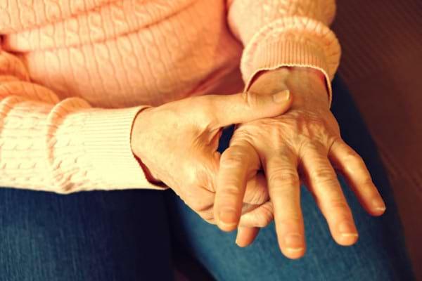 Tratamentul poliartritei reumatoide dupa 50 si 60 de ani