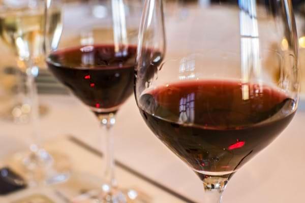 Utilizarea alcoolului la pacientii cu ficat gras