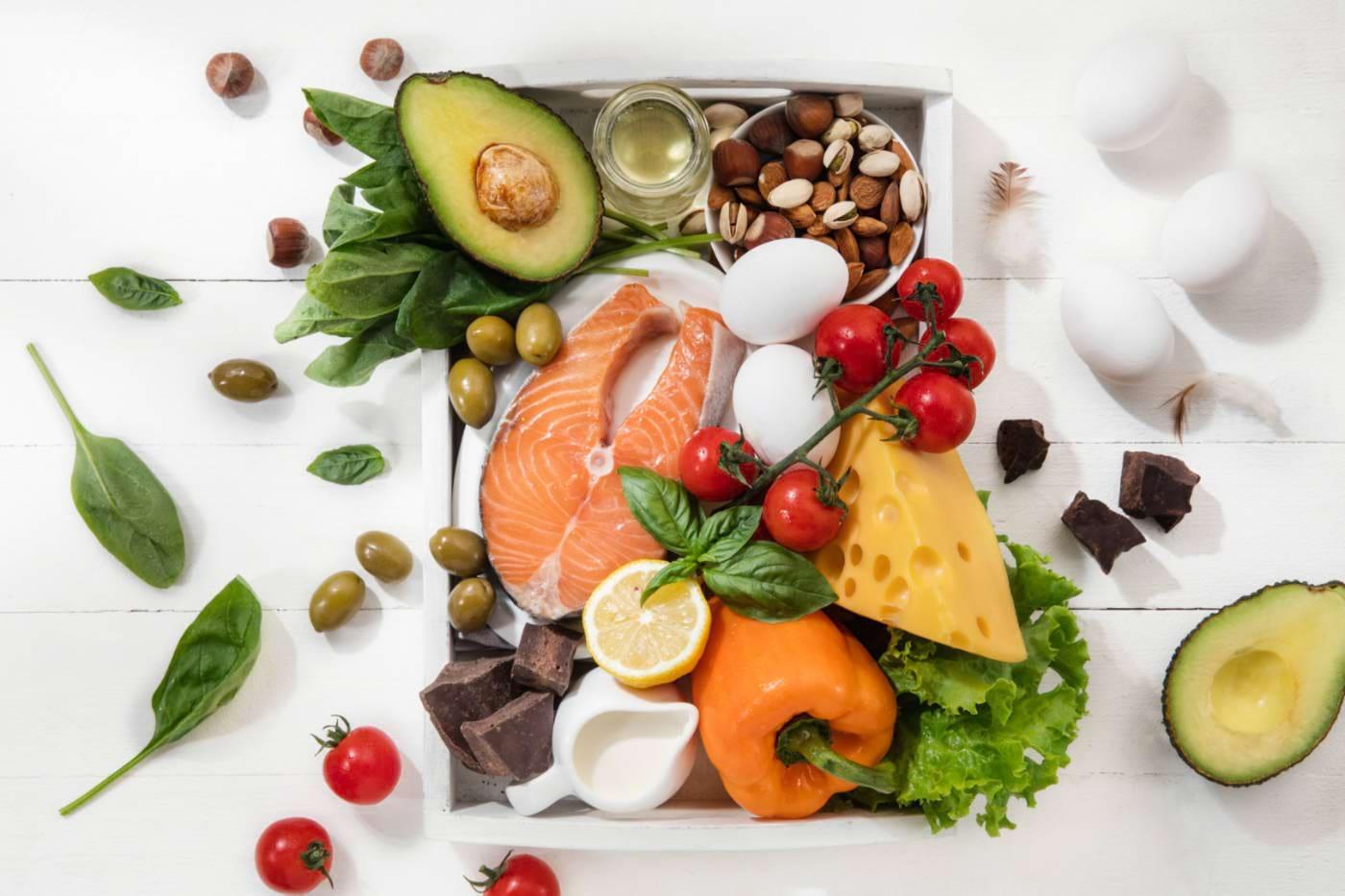 Consumul redus de carbohidrați ajută diabeticii să-și regleze glicemia