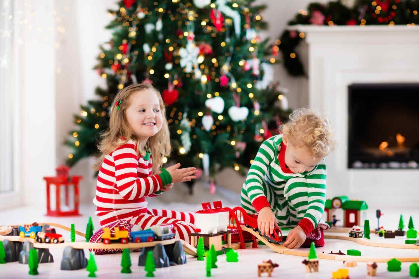 Jocuri și activități în familie în seara de Crăciun