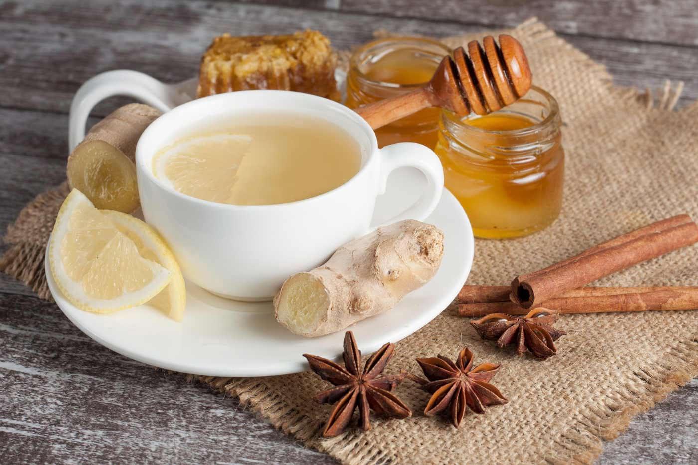 8 tipuri de miere şi indicaţiile terapeutice pentru fiecare în parte