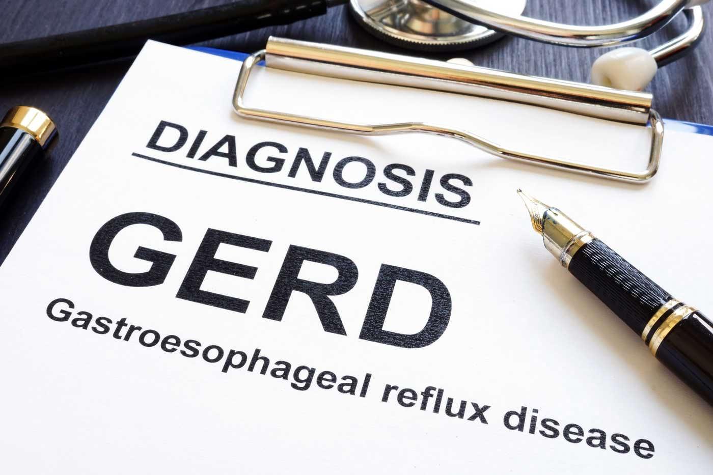 Ce este și cum se manifestă refluxul esofagian la copii?