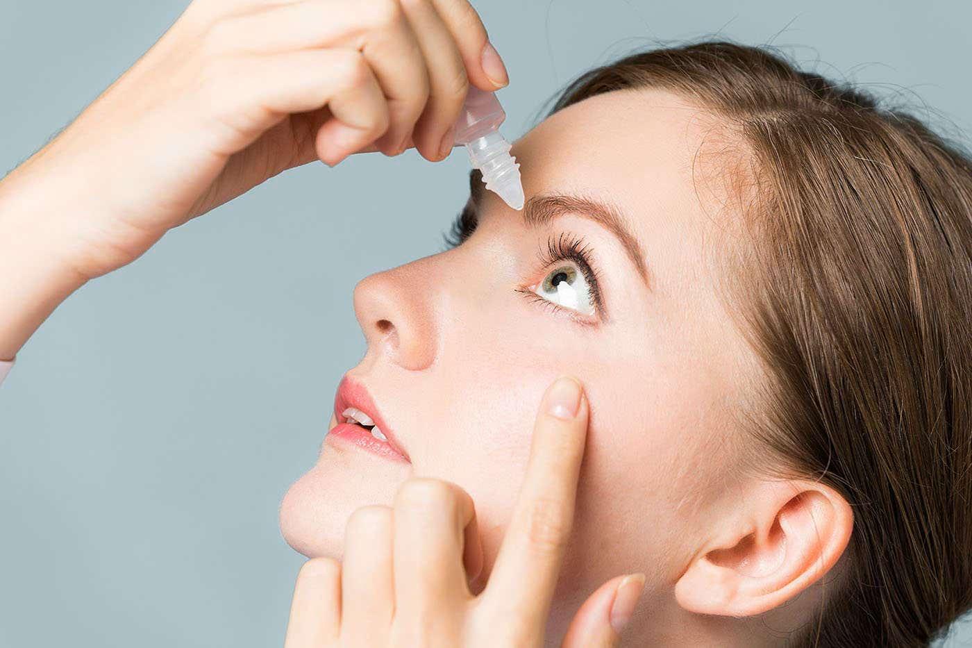 Dexpantenolul calmează și hidratează ochii