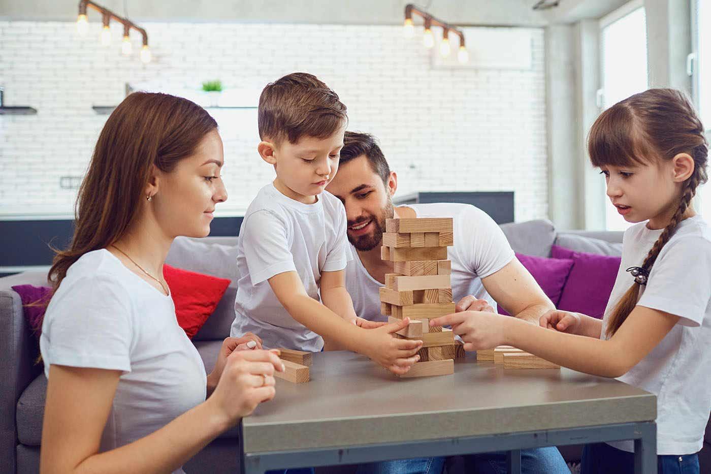 Cum alegi jucăriile potrivite pentru copilul tău?