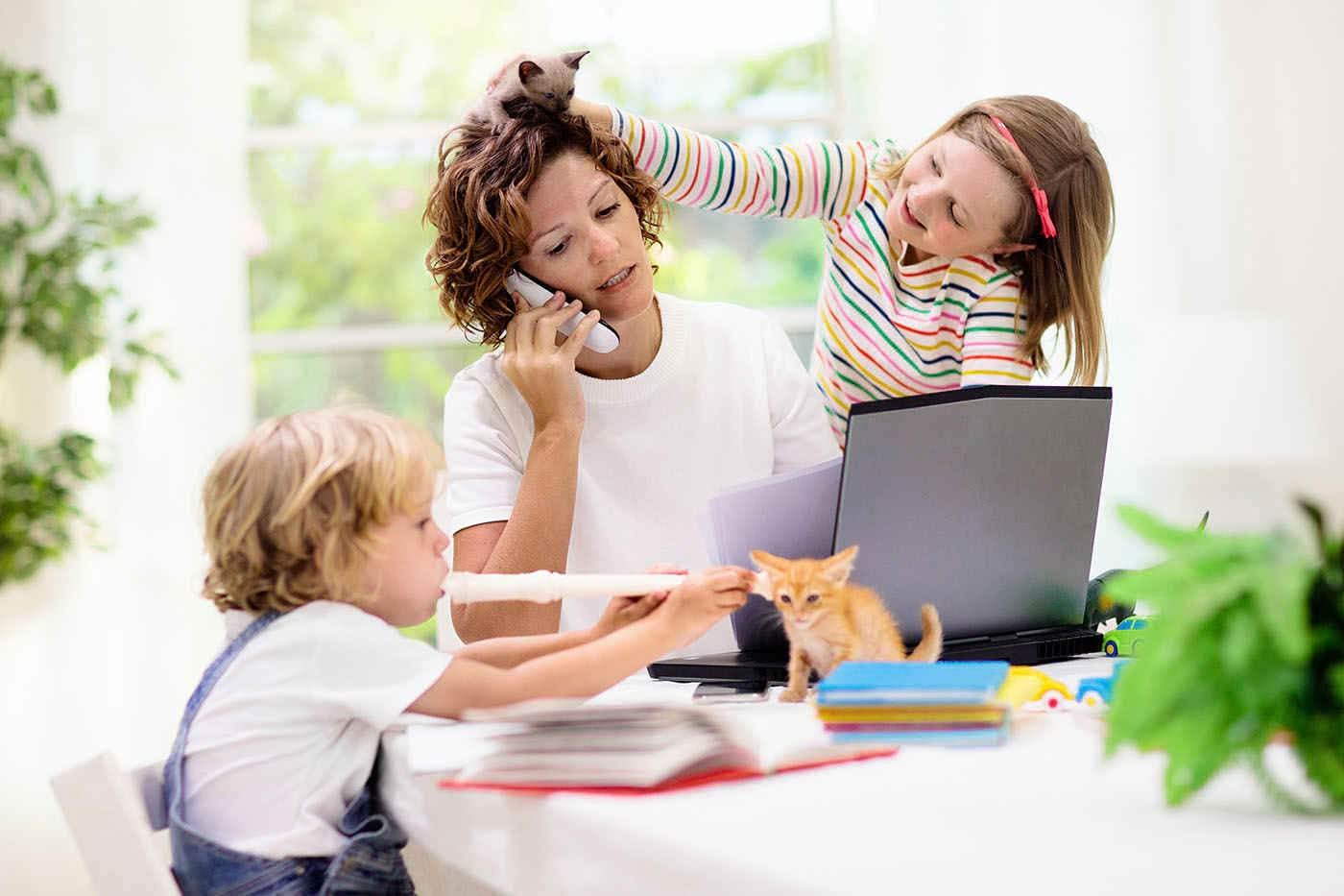 Stresul ocupațional, gestionat prin crearea limitei între serviciu și casă