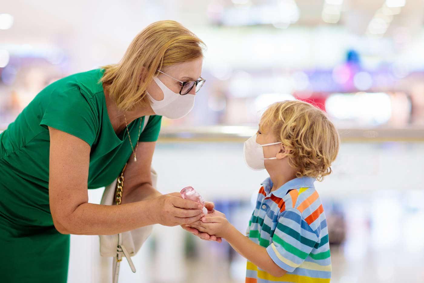 Cum se poartă corect masca de protecție?