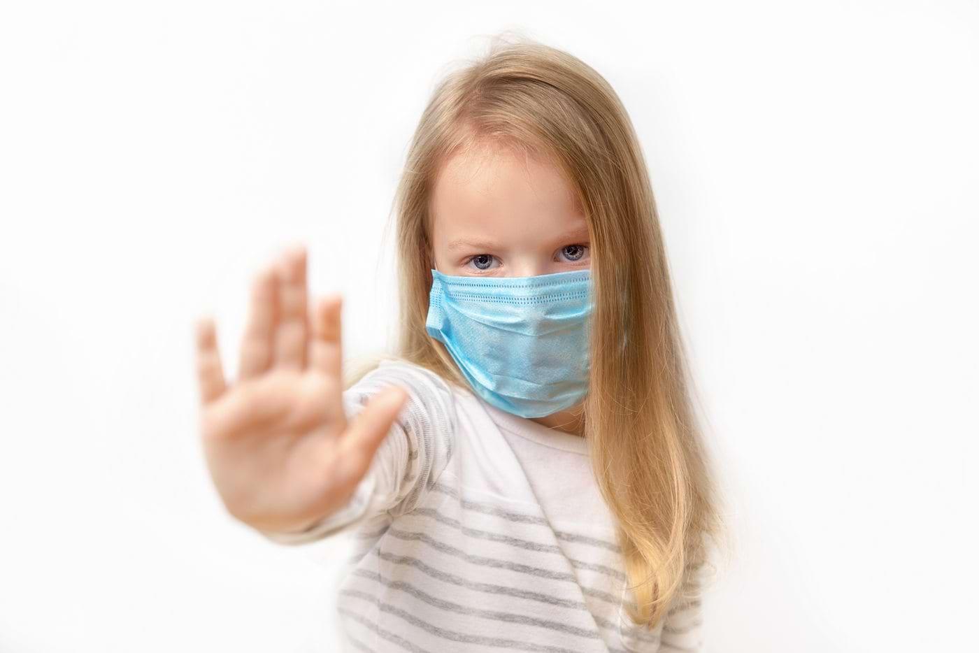 Cum se manifestă coronavirusul la copii