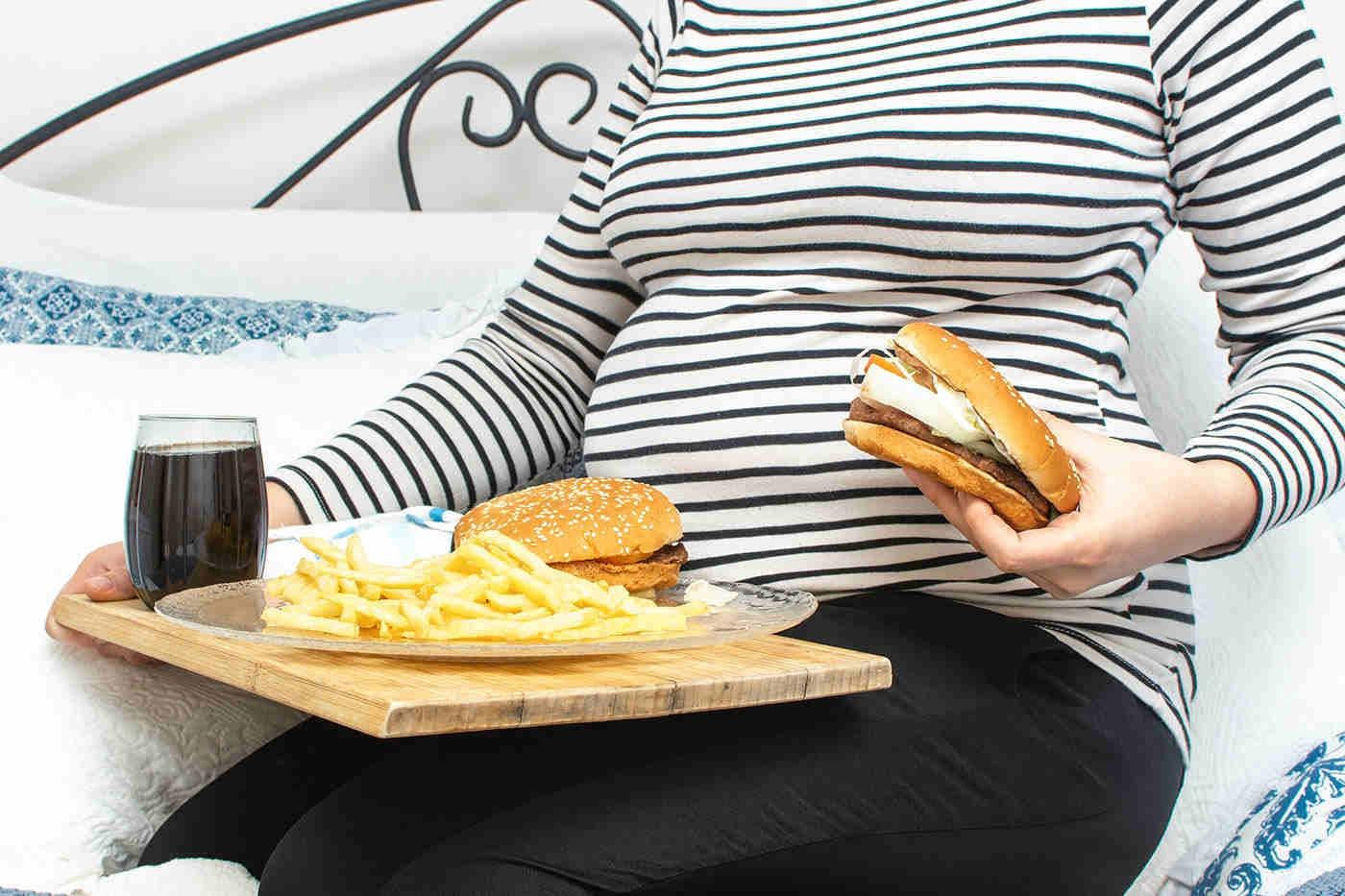 Obezitatea în sarcină favorizează întârzierea abilităților motorii ale copilului [studiu]