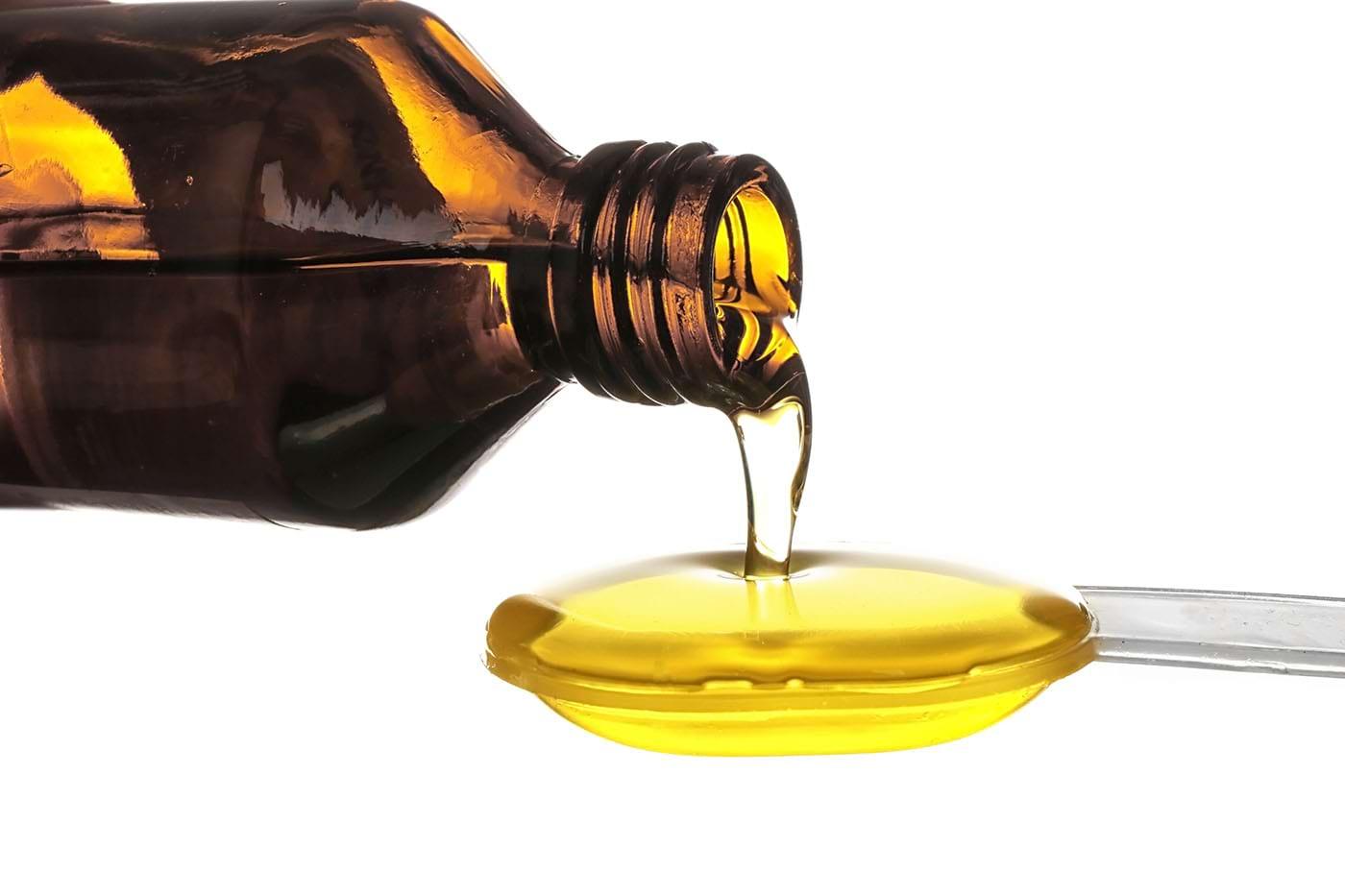 Când și cum ar trebui administrat uleiul de pește lichid?