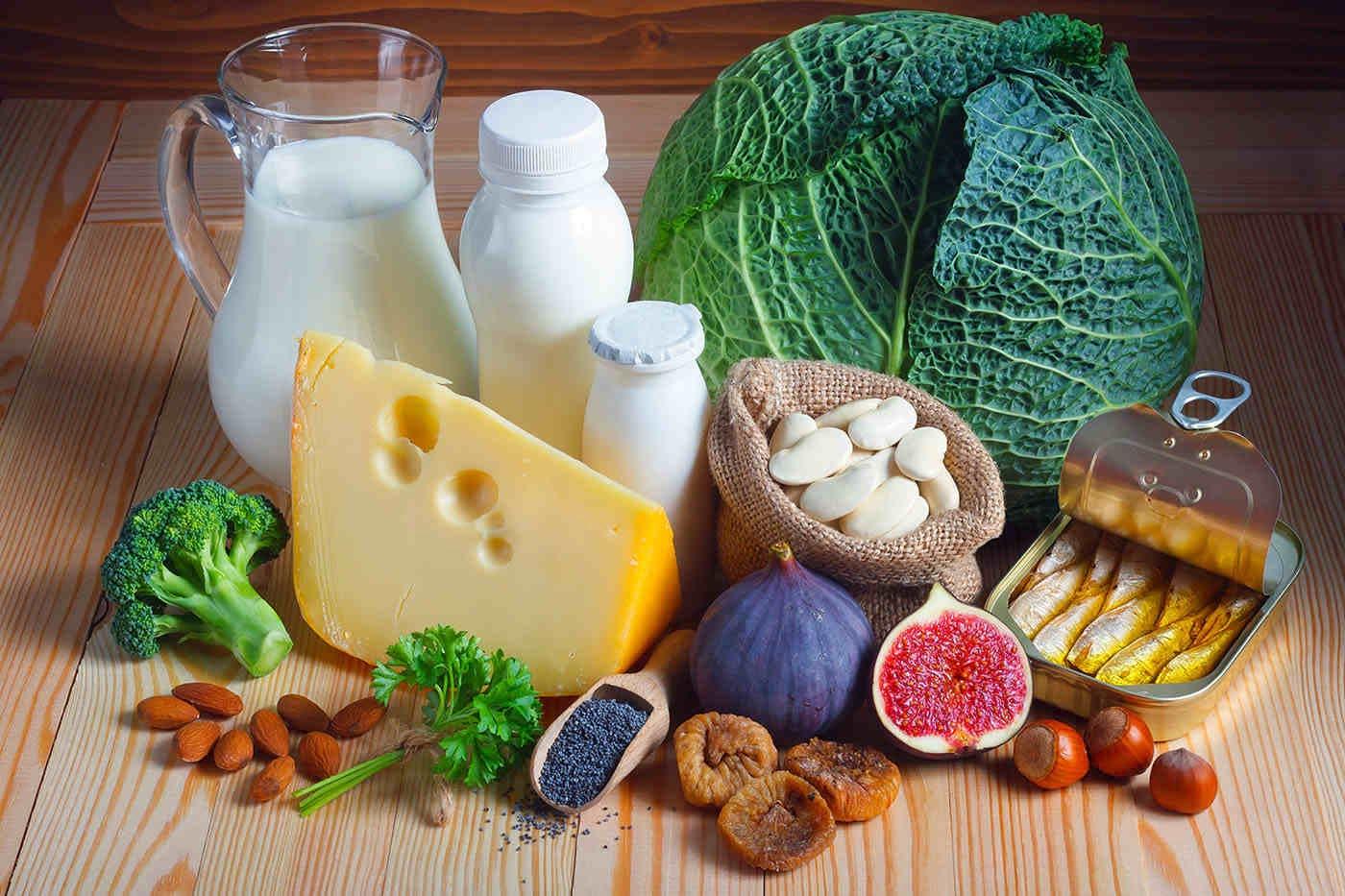 8 alimente care conțin mai mult calciu decât laptele