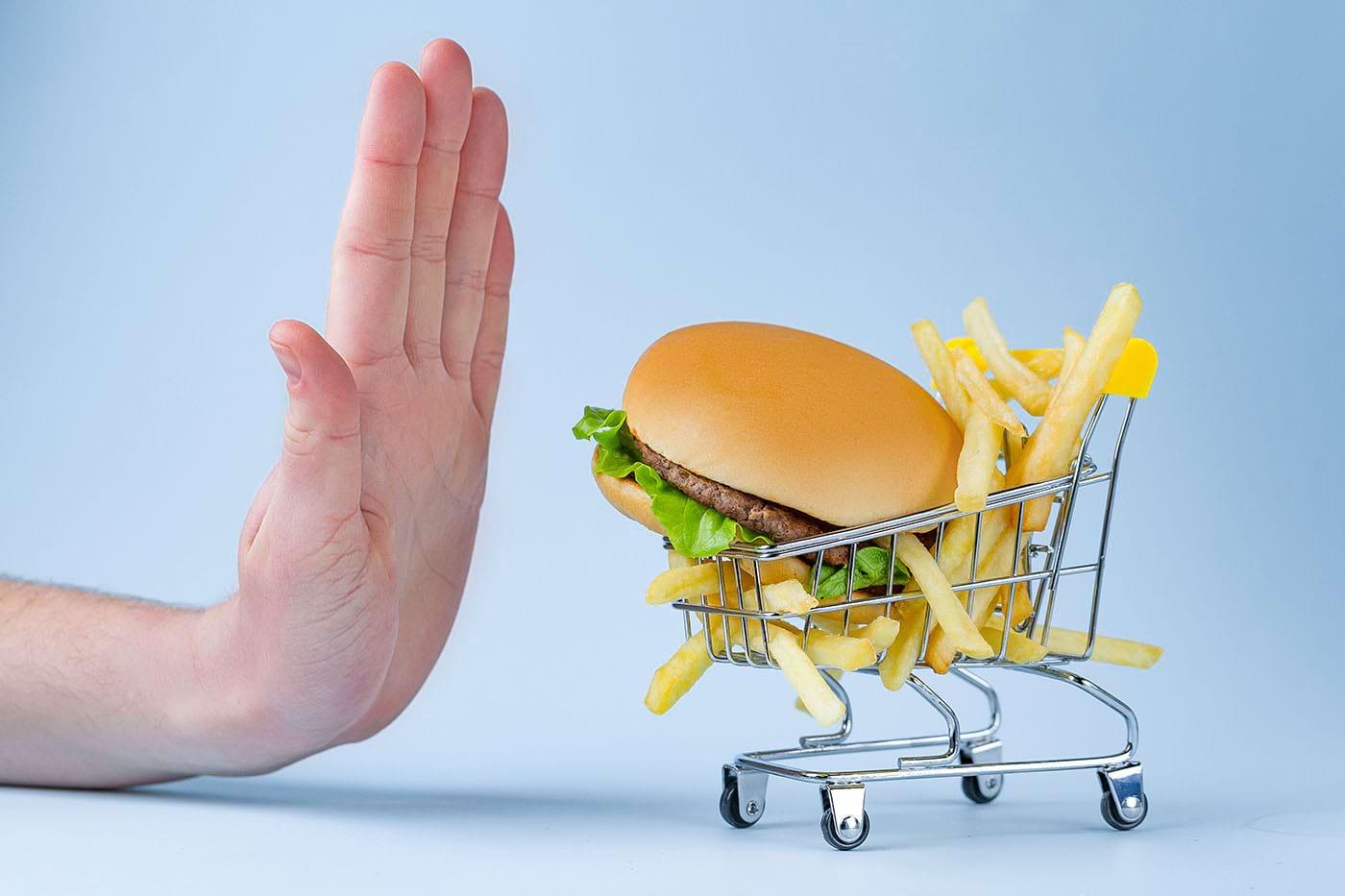 Cum limitezi consumul de grăsimi?