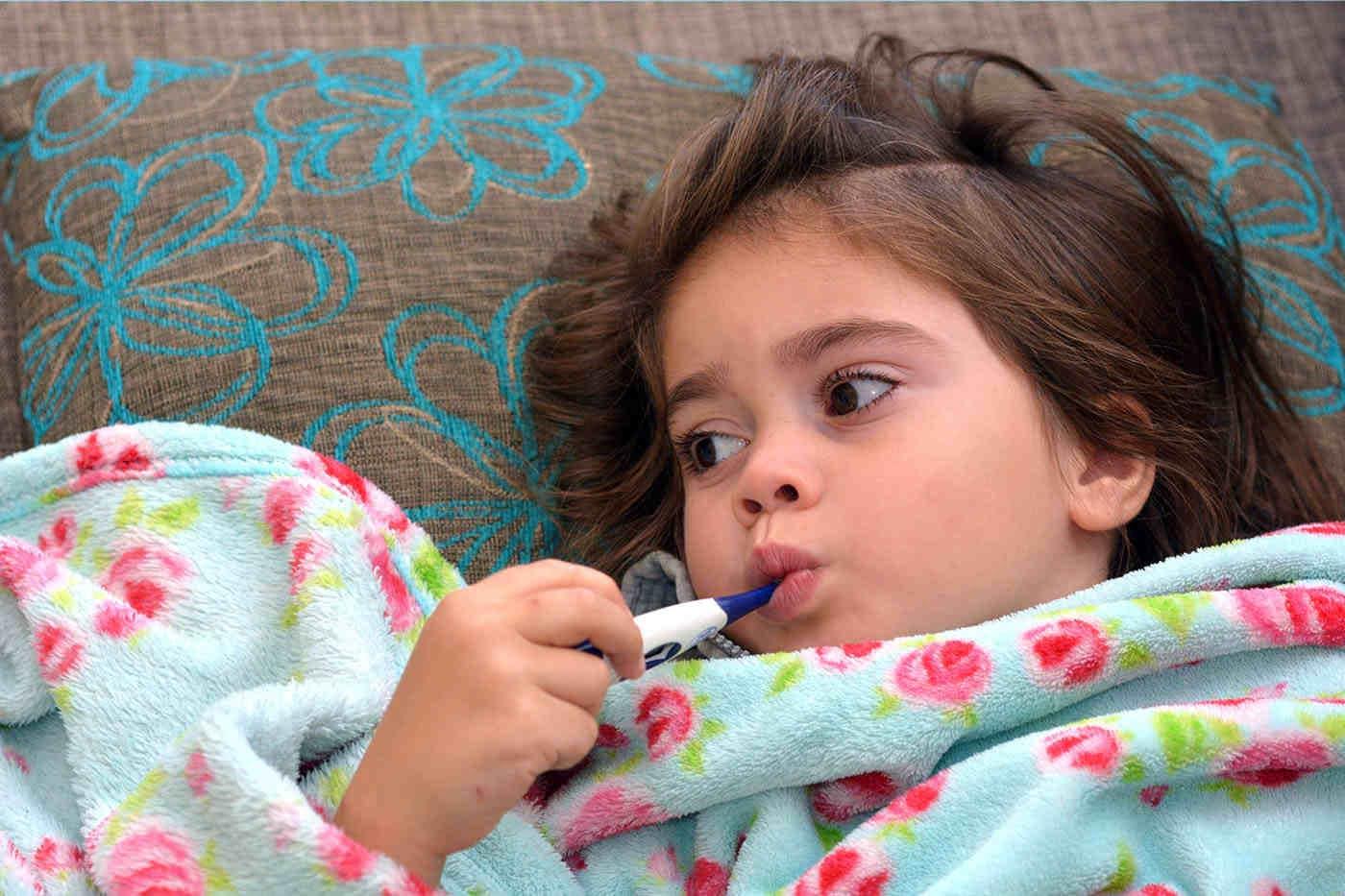 Boli ale copilăriei care apar toamna. Sfaturi pentru părinți