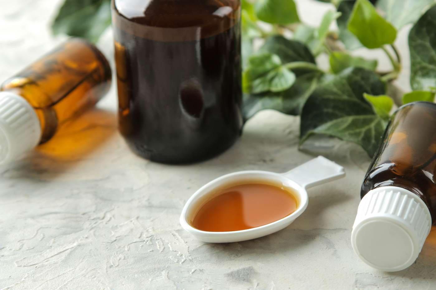 (P) Extractul de iederă, soluția naturală pentru calmarea tusei