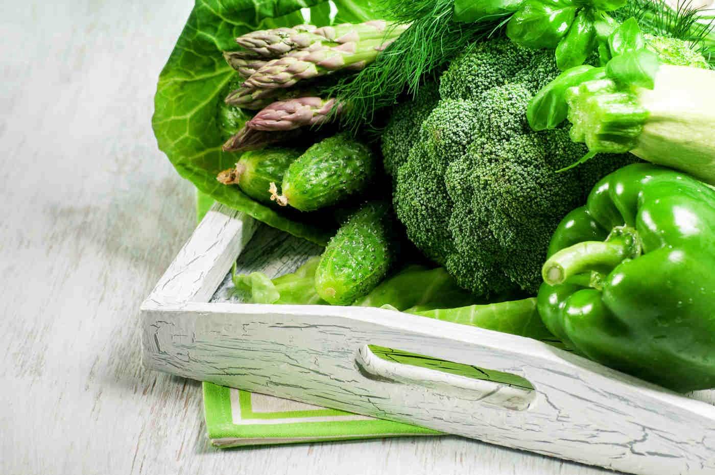 Legumele verzi, aliatul tău de încredere în dieta pentru ficatul gras