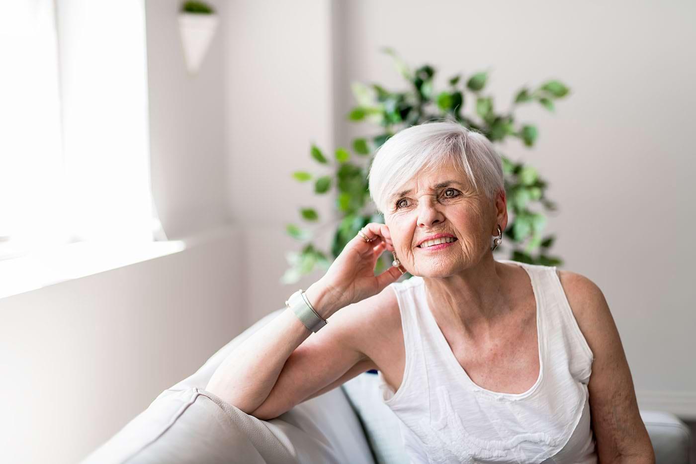 Ai împlinit 70 de ani? Ce schimbări au loc în corp după această vârstă