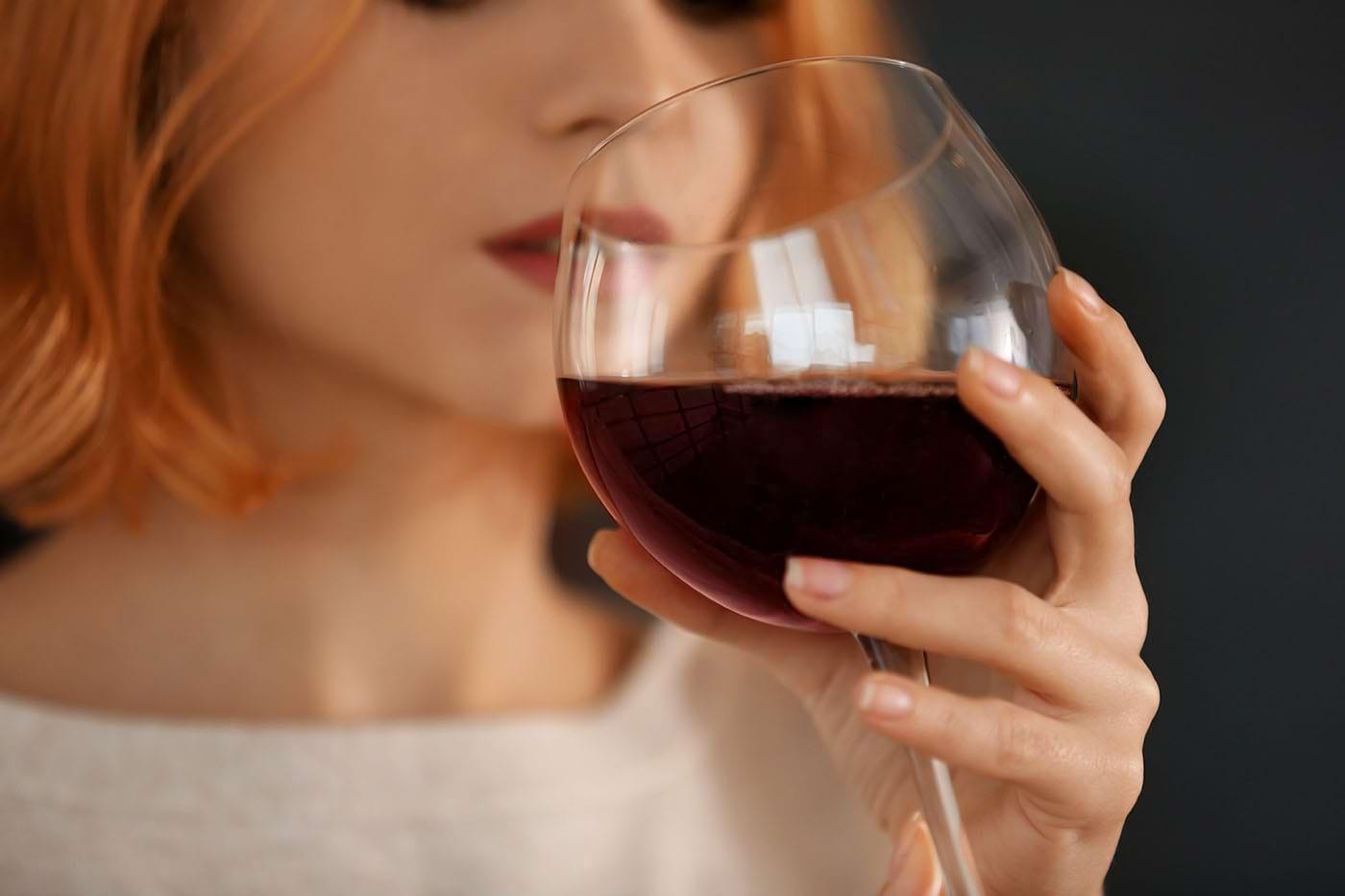 Consumul excesiv de alcool scade șansele de a obține o sarcină?