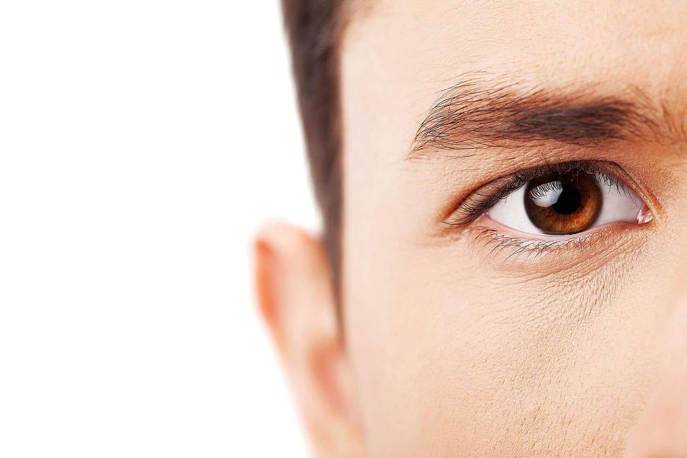 Deteriorarea nervilor din cornee, semn de COVID-19 lung? (studiu)