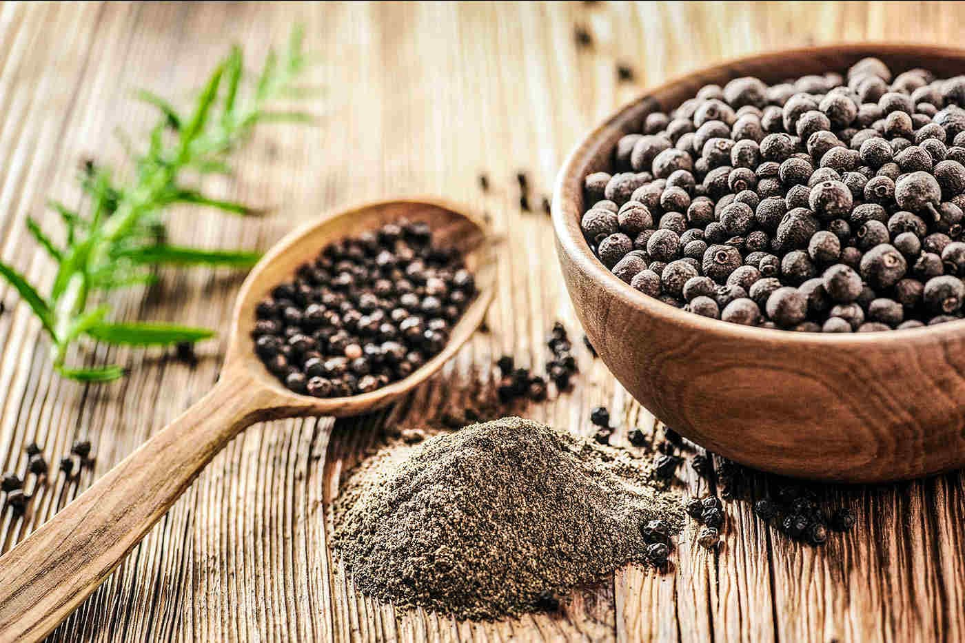 Ce beneficii are piperul negru pentru sănătate?