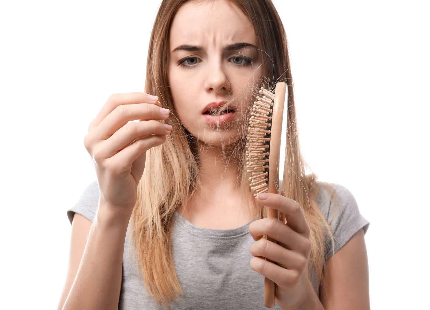 De ce ne cade mai mult păr în acest anotimp?