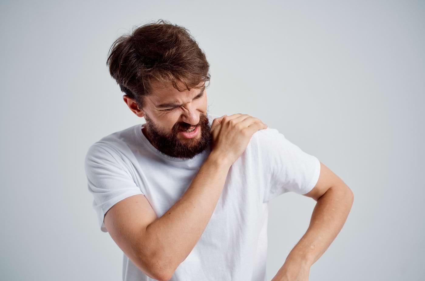 Dislocarea umărului: cauze, diagnostic, tratament