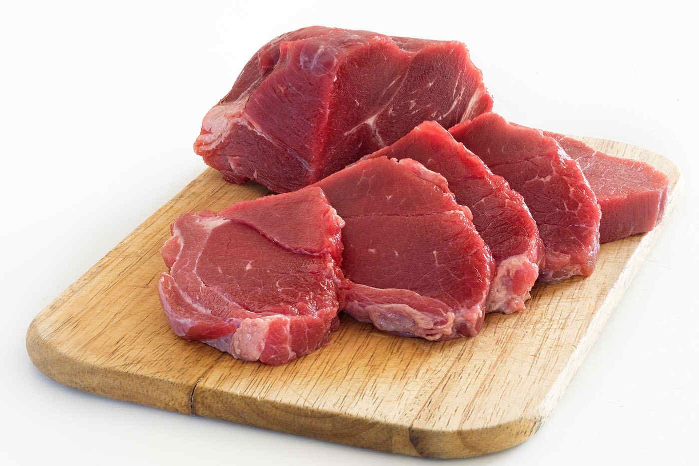 Carnea bio, mai sănătoasă decât cea prelucrată convențional?