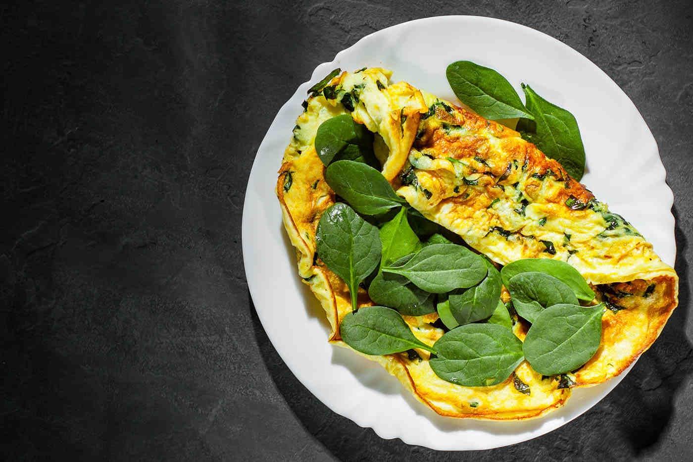 Vegetarienii au niveluri mai mici de colesterol rău LDL decât omnivorii (studiu)
