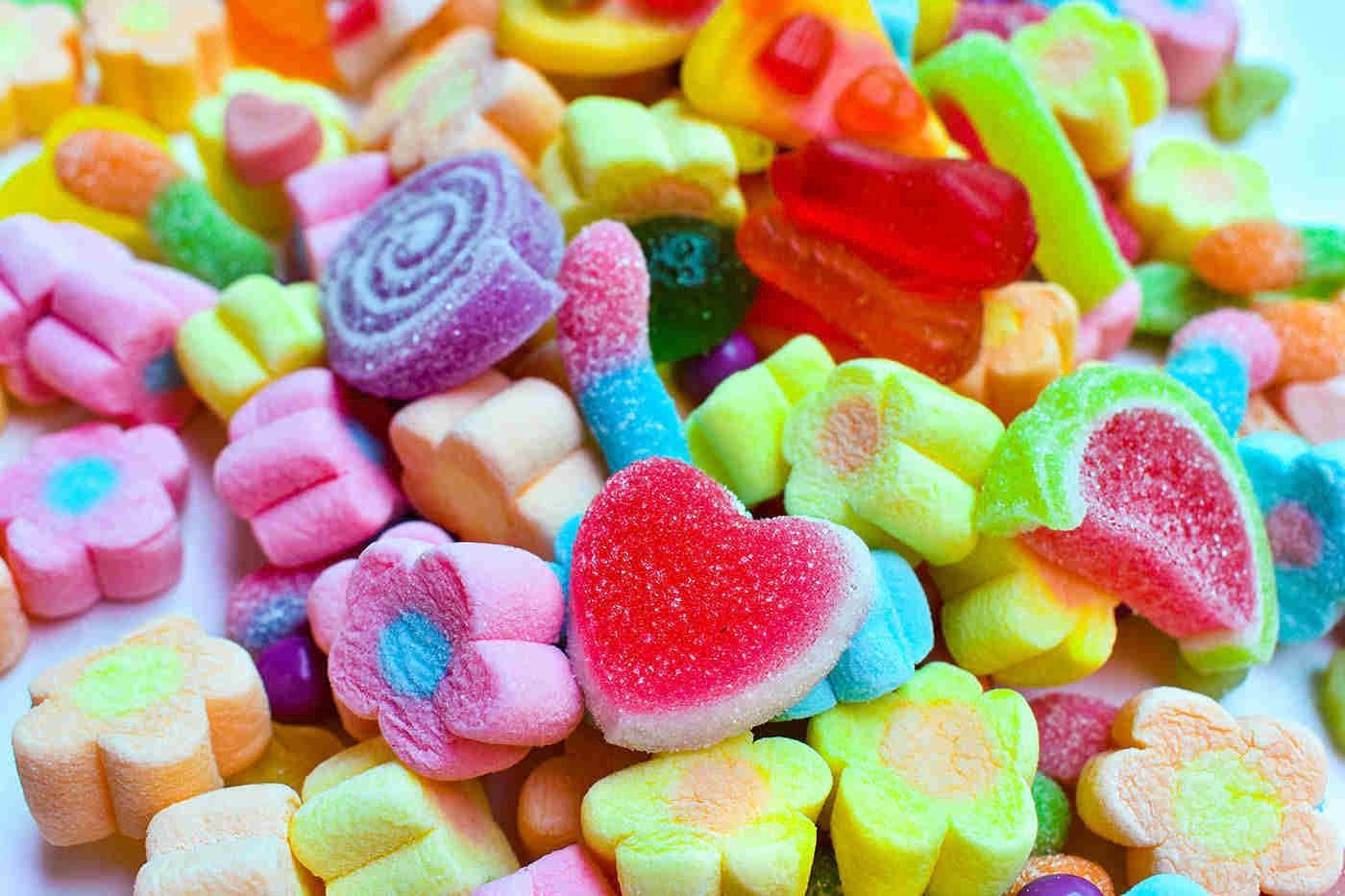 Alimentele ultraprocesate cresc riscul de mortalitate prin boală cardiovasculară