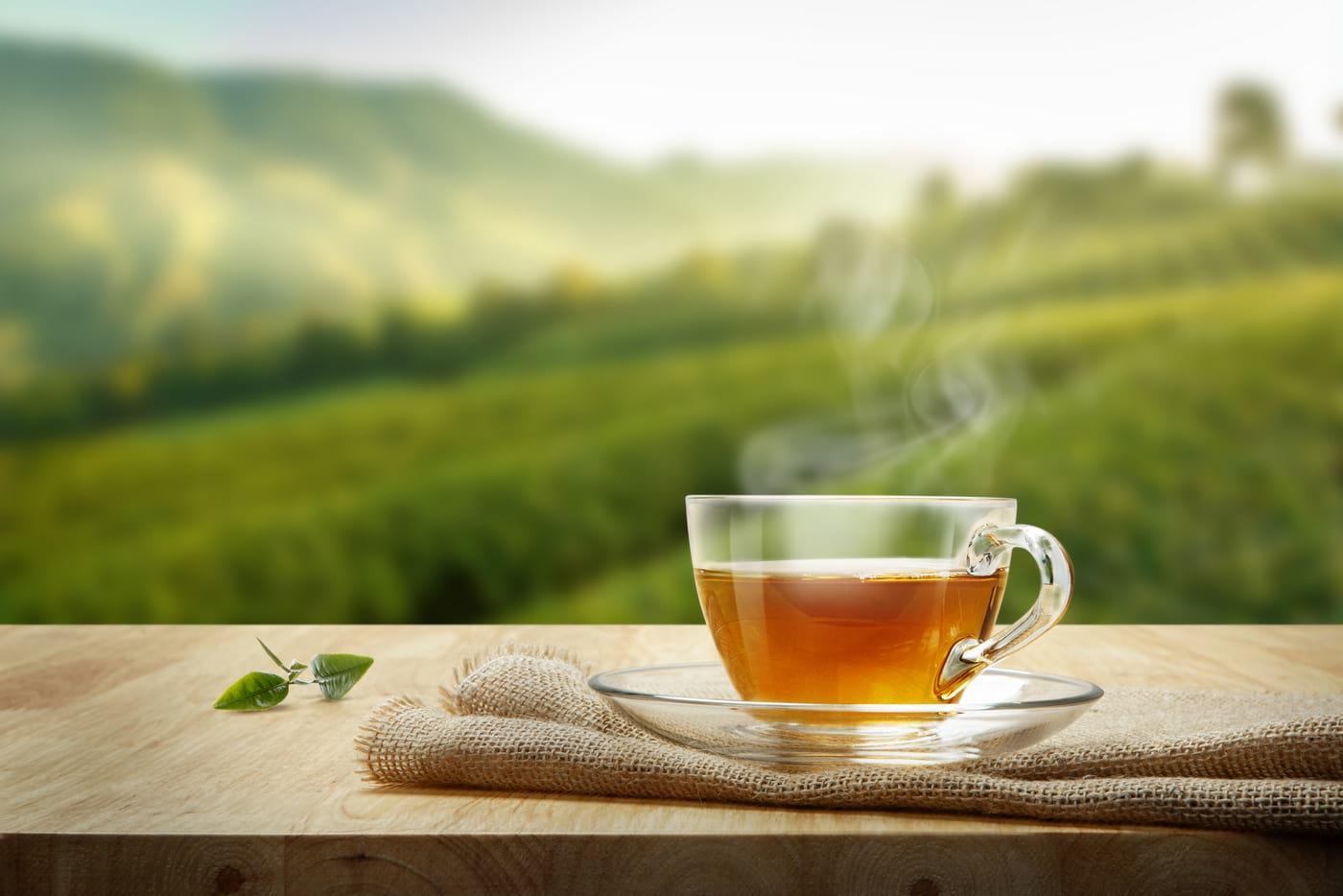 Consumul de cafea și ceai verde, asociat cu speranță de viață crescută la diabetici (studiu)