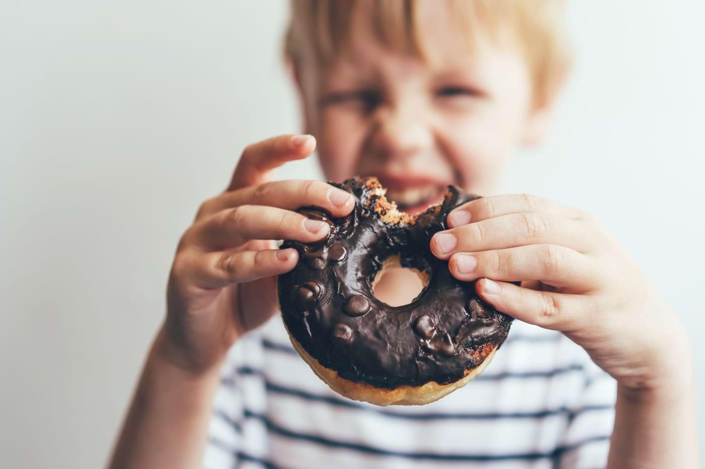 Consumul excesiv de zahăr poate afecta dezvoltarea creierului celui mic (studiu)