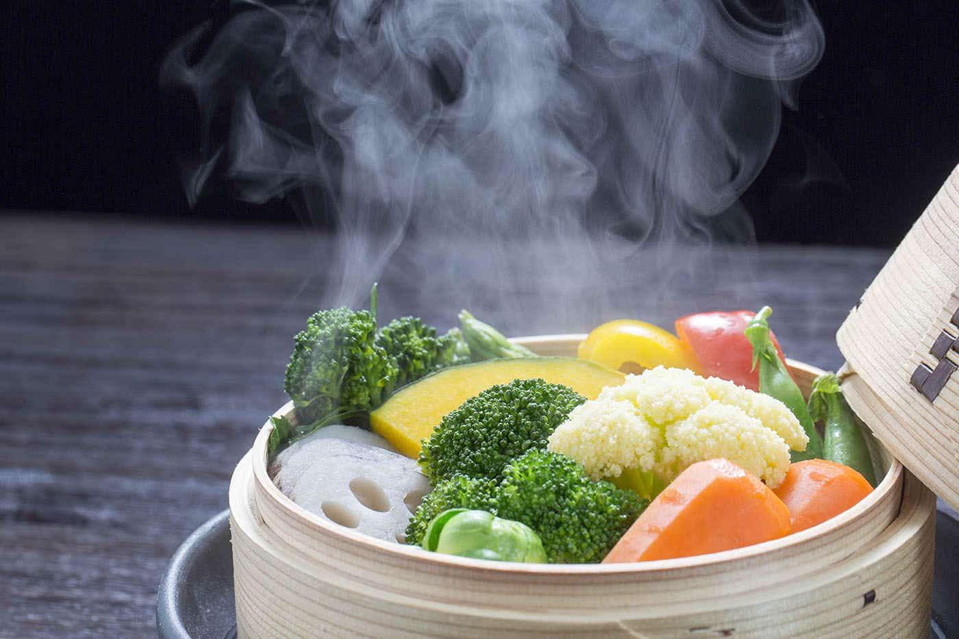 Legumele și fructele: care sunt mai sănătoase crude și care gătite?