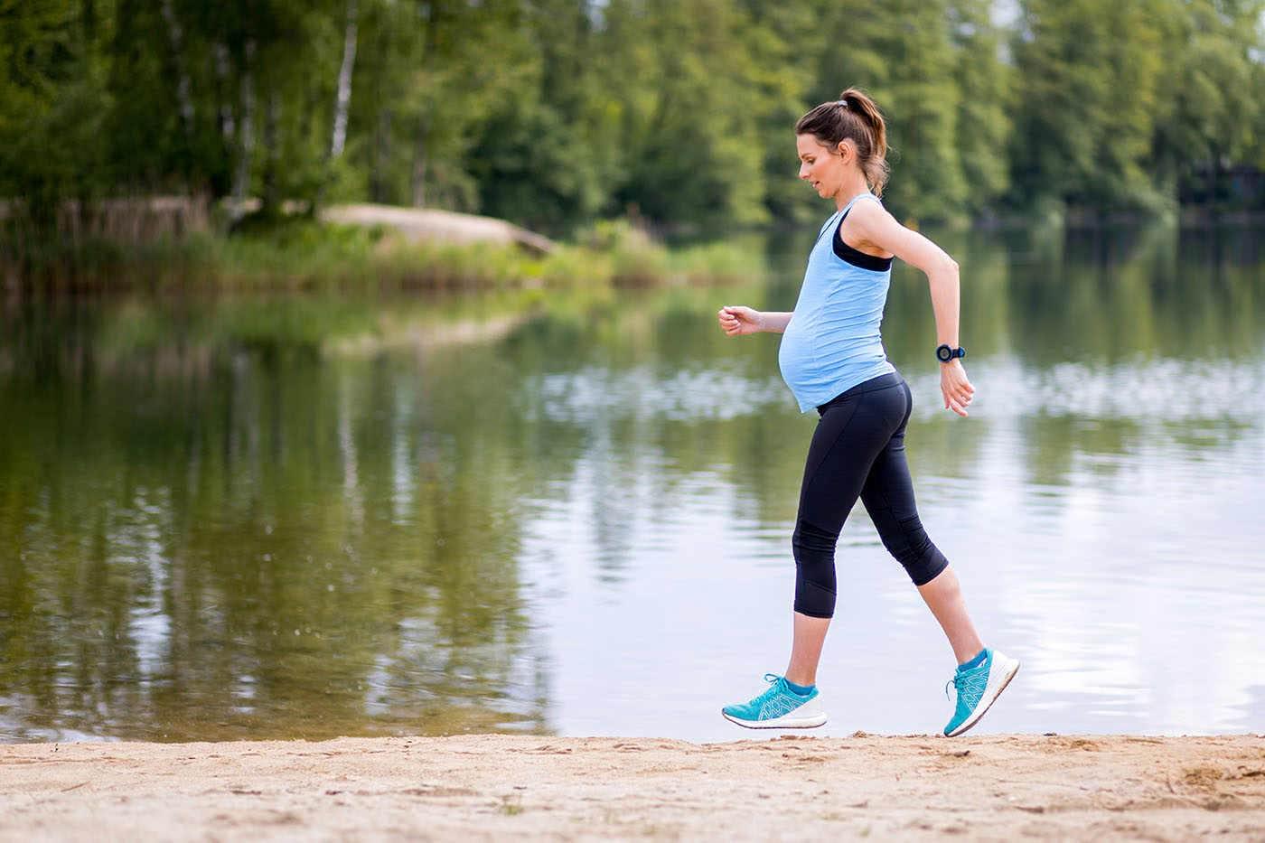 Vitamina D și sportul în sarcină, utile pentru sănătatea metabolică a viitorului copil
