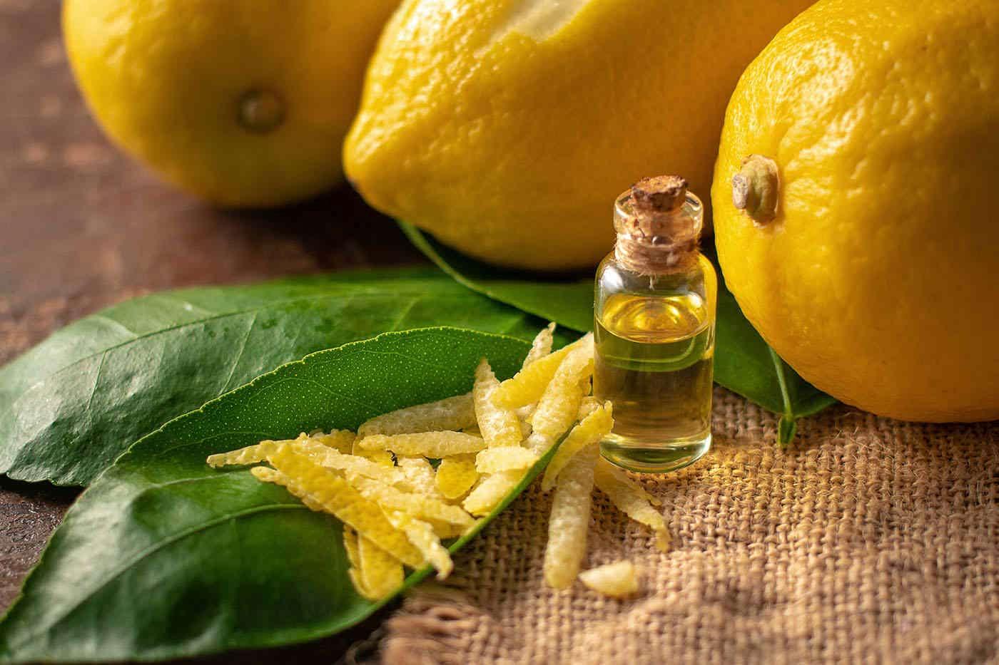 Uleiul esențial de lămâie poate contribui la sănătatea pielii