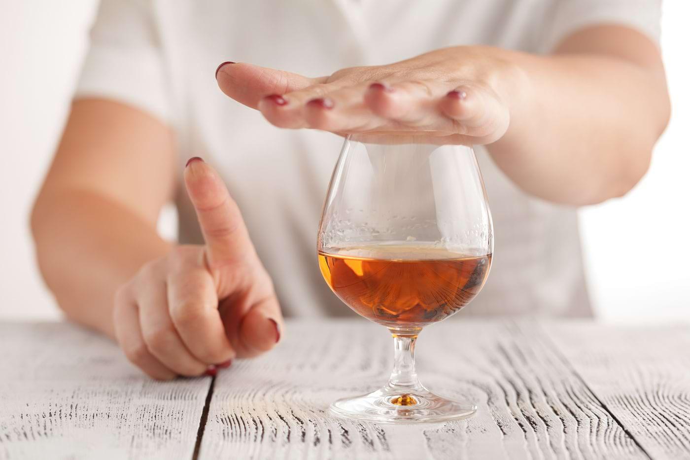 7 semne ale alergiei sau intoleranței la alcool