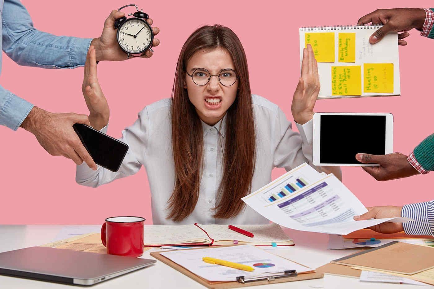 Ești workaholic? Atenție la sănătatea mentală!