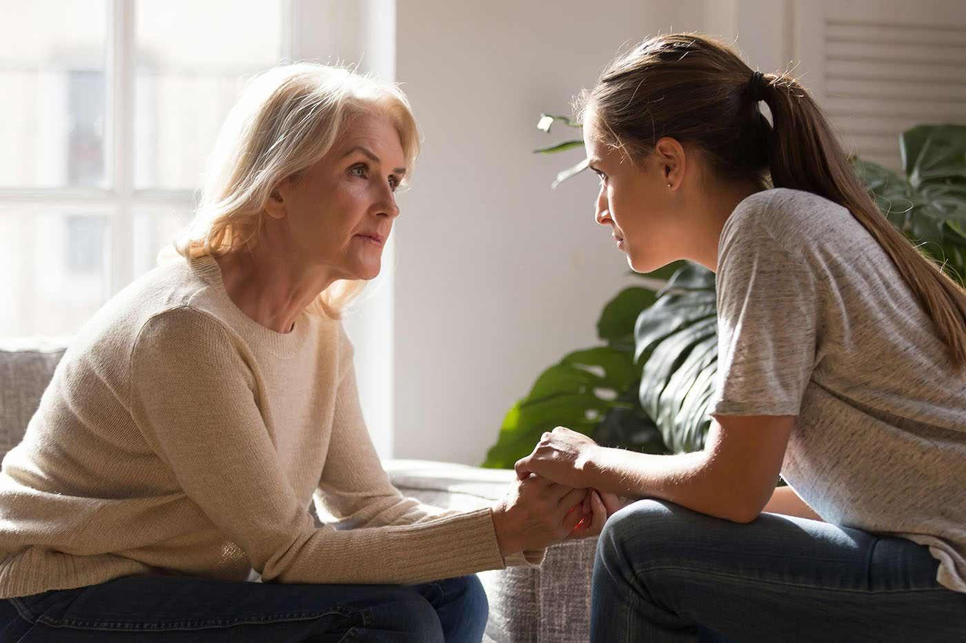 De ce sprijinul emoțional al familiei este important în adolescență?