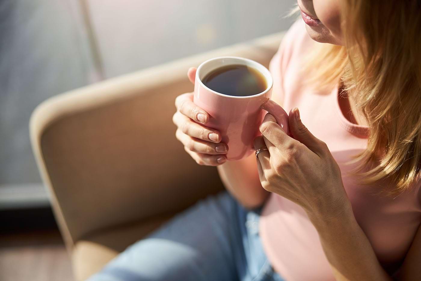 Cofeina în exces poate crește riscul de osteoporoză (studiu)