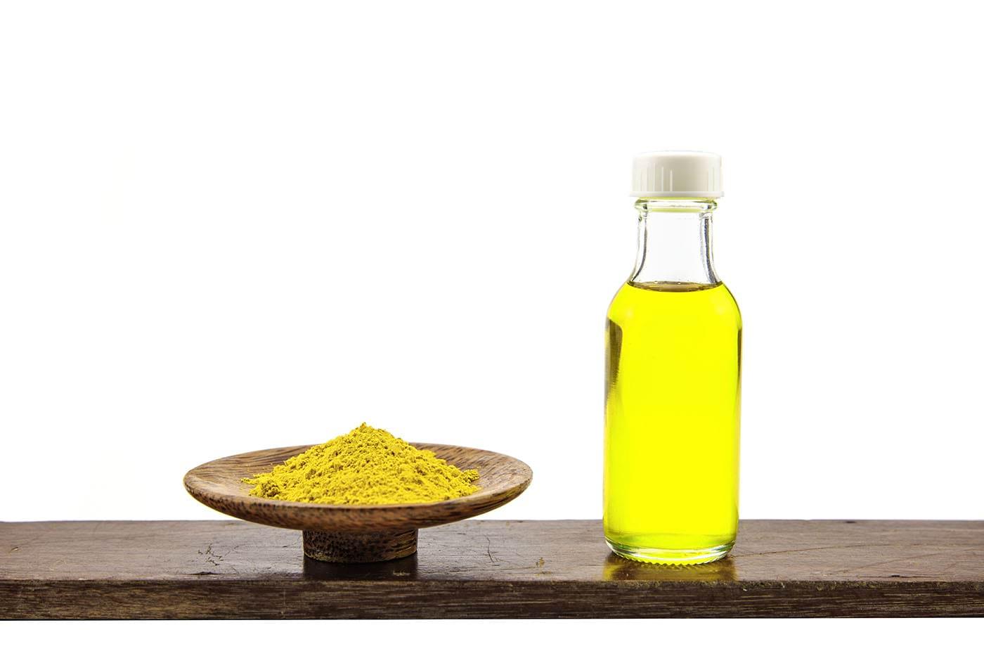 Un derivat din uleiul de turmeric are proprietăți neuroprotectoare (studiu)