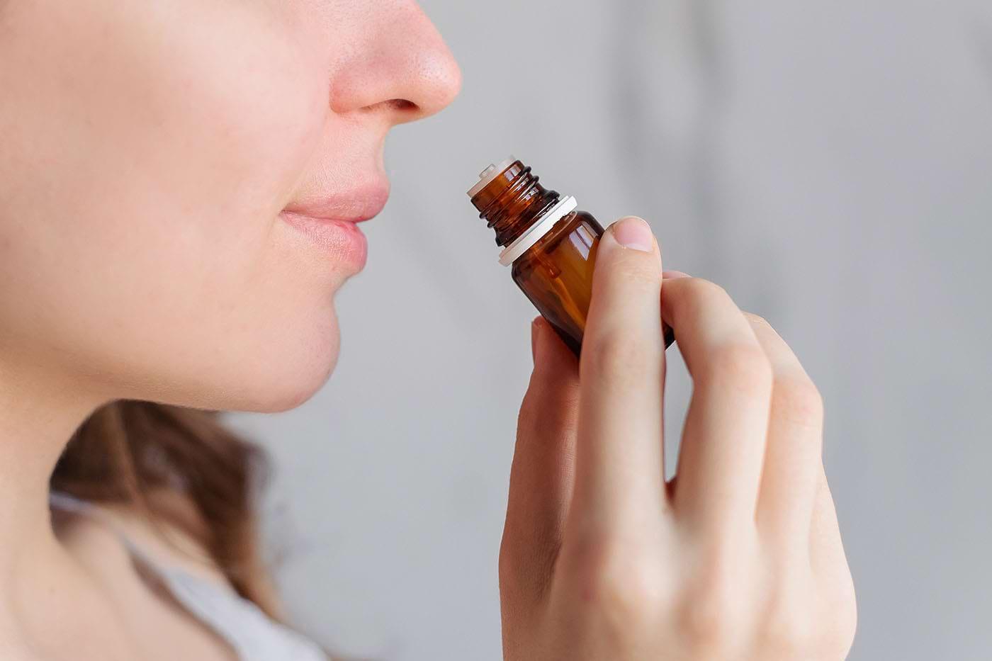 Ce uleiuri esențiale sunt benefice pentru concentrare și memorie?