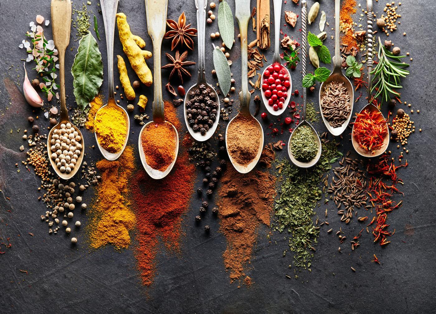11 ierburi și condimente pentru sănătatea ta