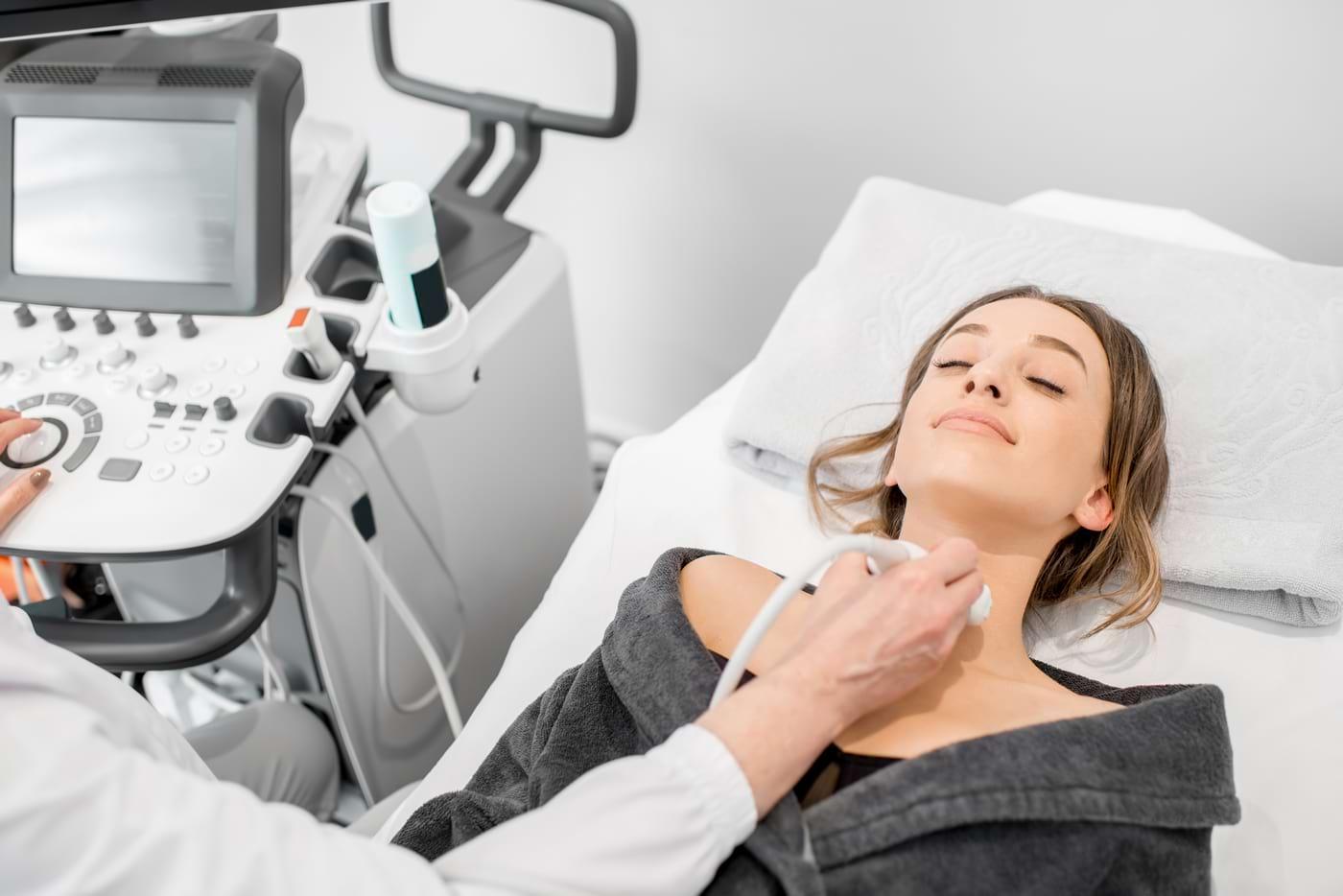 Tiroidita postpartum: simptome, cauze și tratament