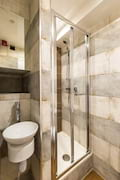 JVBF2 Bathroom