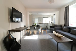 student spare rooms Plymouth