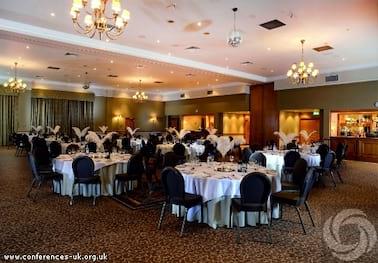 Macdonald Craxton Wood Hotel and Spa Near Chester