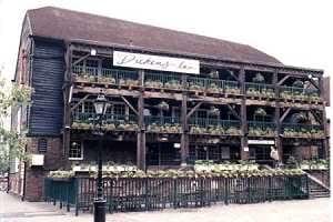 Dickens Inn London E1