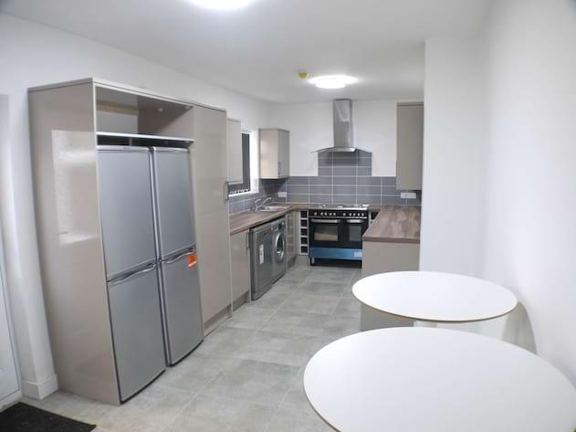 2 kitchen 61C