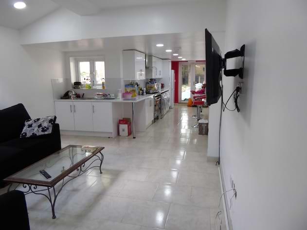 Gallery Photo 1