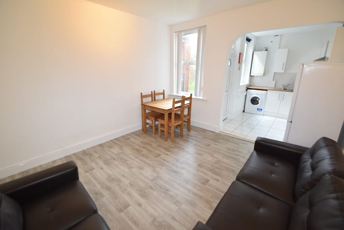Sheffield Student Housing - Dining Area