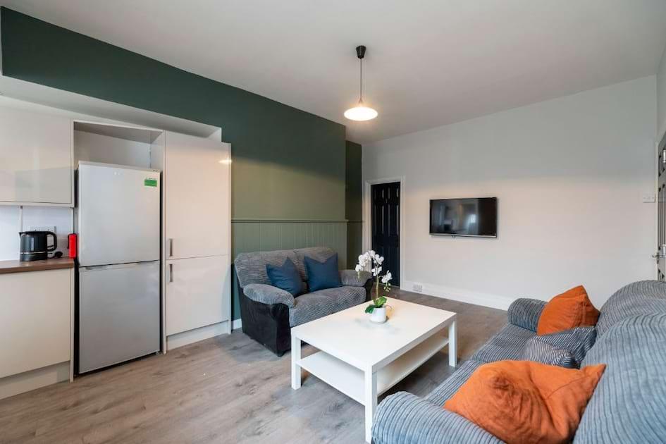 153HS - Living Area