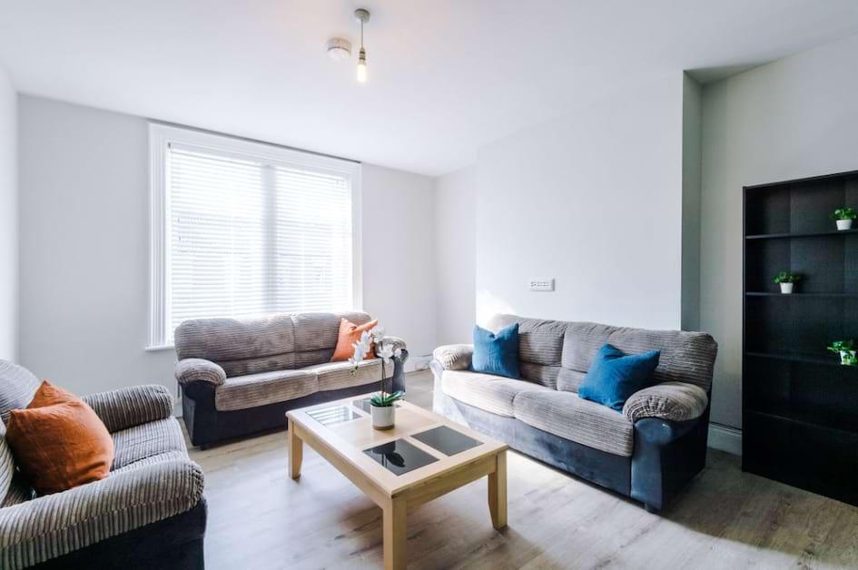 188cHPR - Living Area